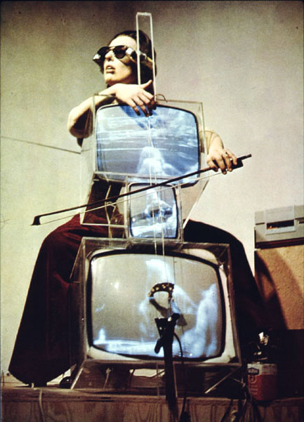 Charlotte+Moorman+nam-june-paikconcerto for tv, cello and videotapeshttpcahierdeseoulcom