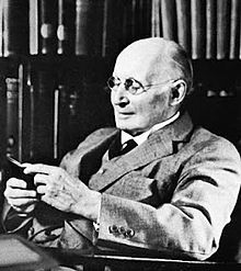 220px-Alfred_North_Whitehead
